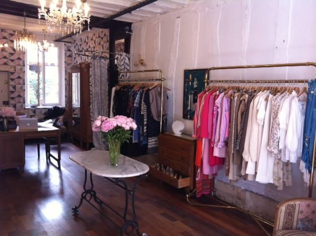 magasin mode branche dans le marais paris