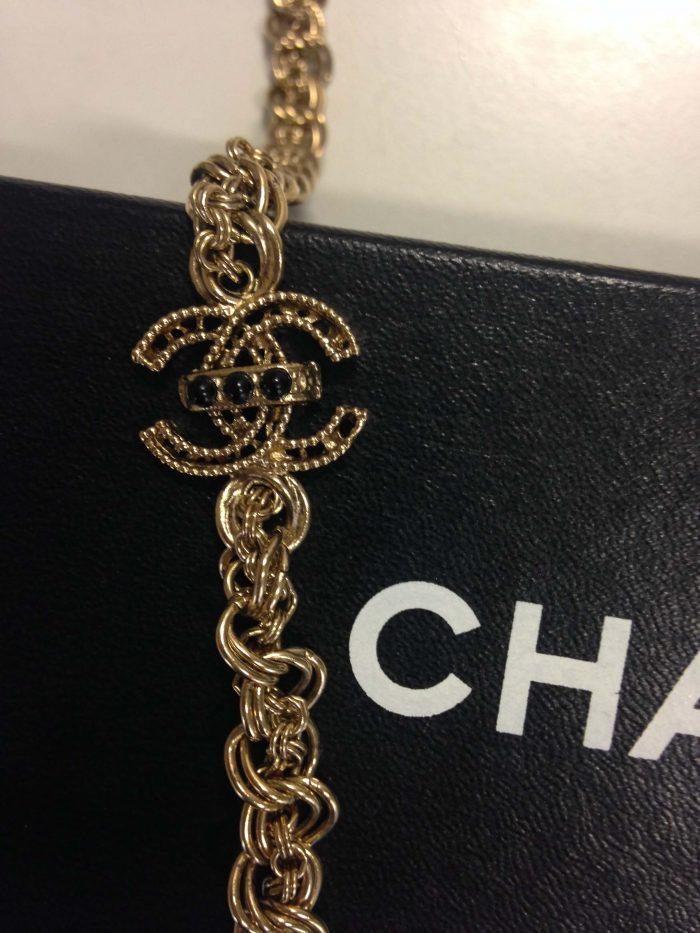 Bijoux Collier en or chanel d'occasion pas cher