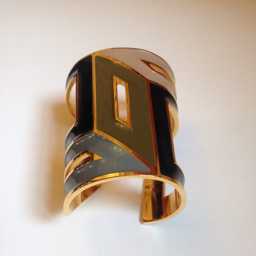 Manchette en plaqué or et émail – Pierre Hardy