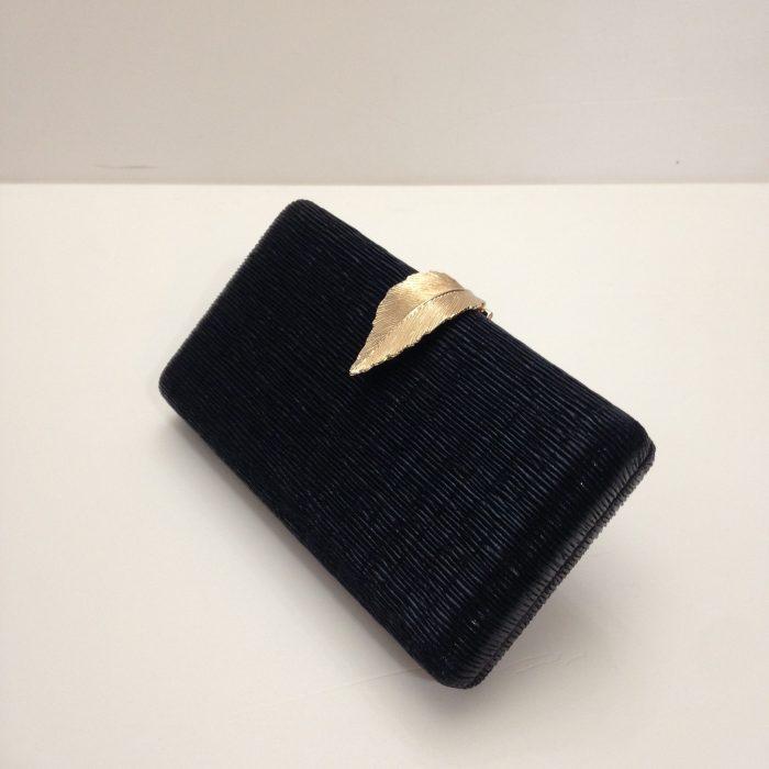 pochette-clutch-soiree-noire-feuille or