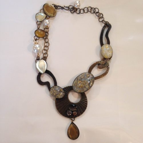 Collier bronze et perles nacrées – PHILIPPE FERRANDIS